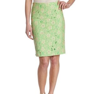 Lily Pulitzer sz 4 Hyacinth lace pencil skirt